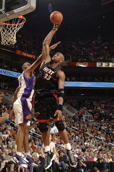Alonzo Mourning Miami Heat 1995 2002 2005 2008 Alonzo Mourning Basketball Basketball Players