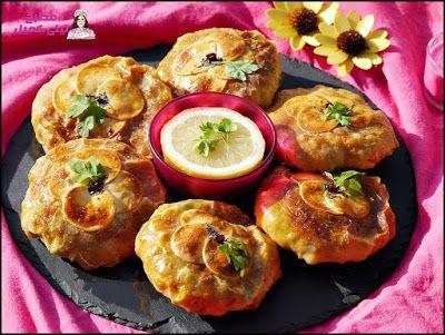 بسطيلات بالدجاج رائع جدا وبعجين بديل لورقة البسطيلة المقادير للعجين 3 كؤوس دقيق ملعقة كبيرة ماء كاس الا ربع حليب كي Breakfast Food Muffin