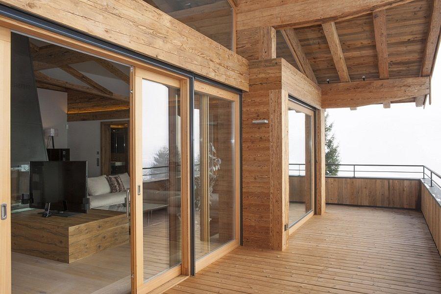 eigentumswohnung mit gro em balkon in kitzb hel kaufen chalet pinterest haus bauernhaus. Black Bedroom Furniture Sets. Home Design Ideas