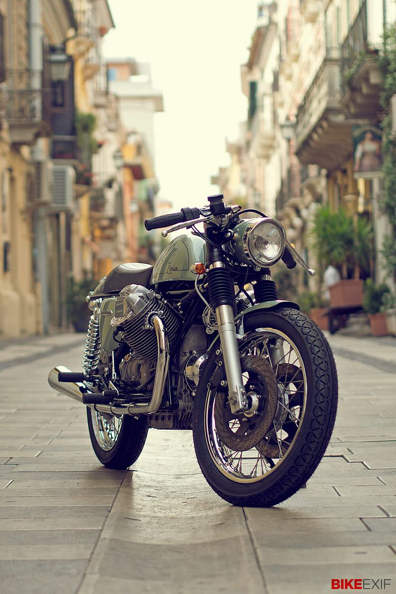 Most of the leading custom builders work on commission—they get a brief from a client, a direction is agreed upon, and a motorcycle starts to take shape. Compromise is inevitable, whether it's around budget or aesthetic direction. But every now and then, as you can imagine, it's good to get free rein. And that's how Filippo Barbacane of Officine Rossopuro created this machine—a Moto Guzzi 1000 SP that he effectively built for himself.