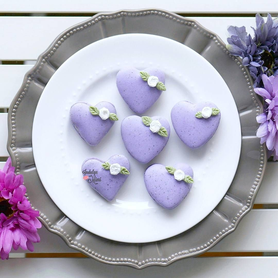 Puffy Heart macarons with flower bud
