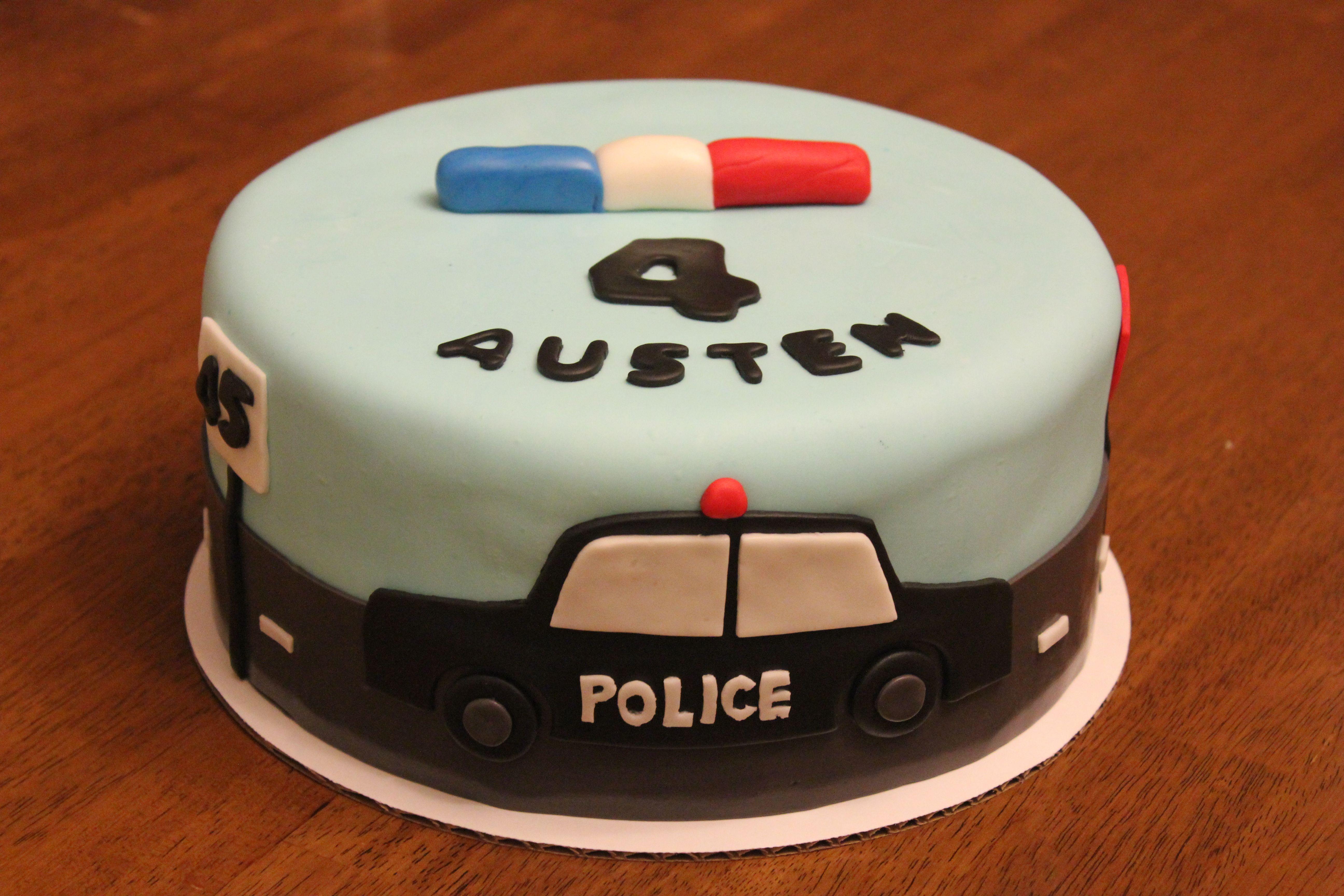 A Police Car Cake