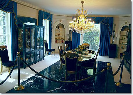 Inside Graceland Mansion Elvis Immediately On The