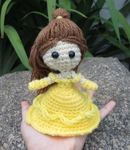 Princess Belle by Vivianne Russo - Philae.  Free pattern: http://philaeartes.wordpress.com/2013/03/17/princess-belle-beauty-and-the-beast/