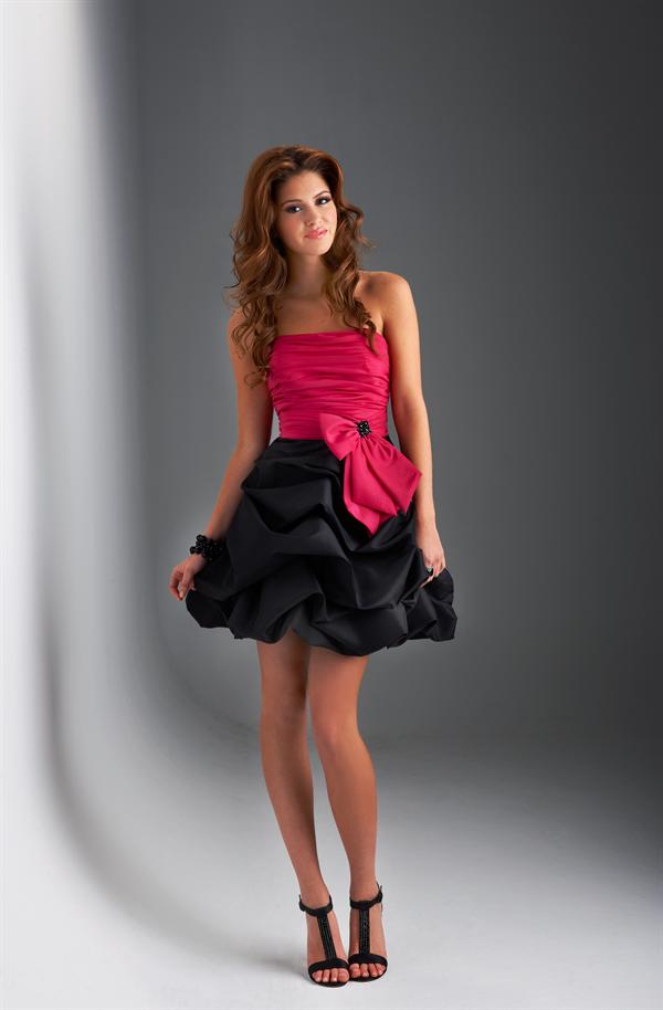 367abfc3d Imágenes de Vestidos para Damas de 15 Años
