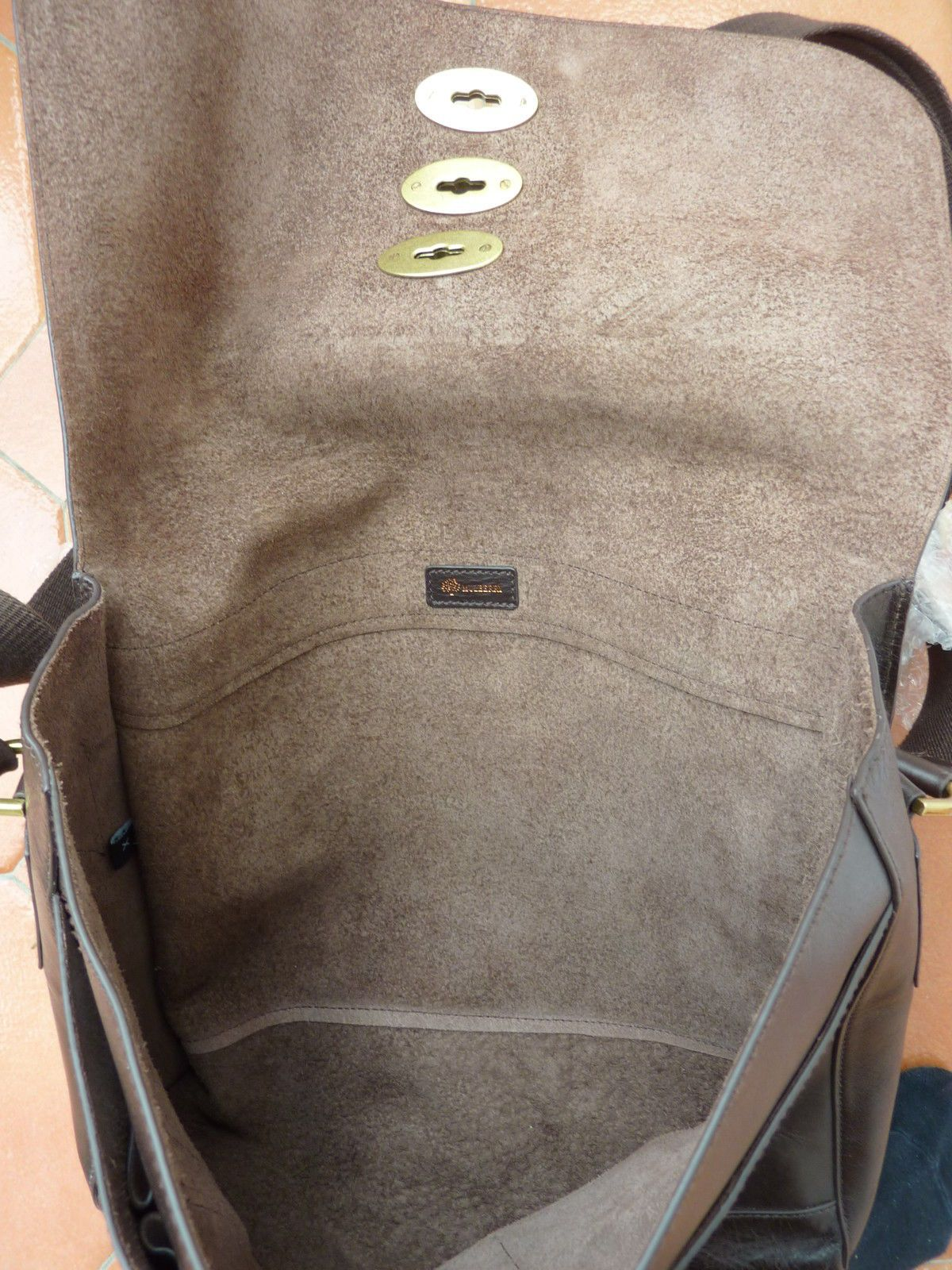 d83cc4205c Mulberry - Brynmore Messenger Bag - £795 - Brown Leather - triple lock in  Clothes