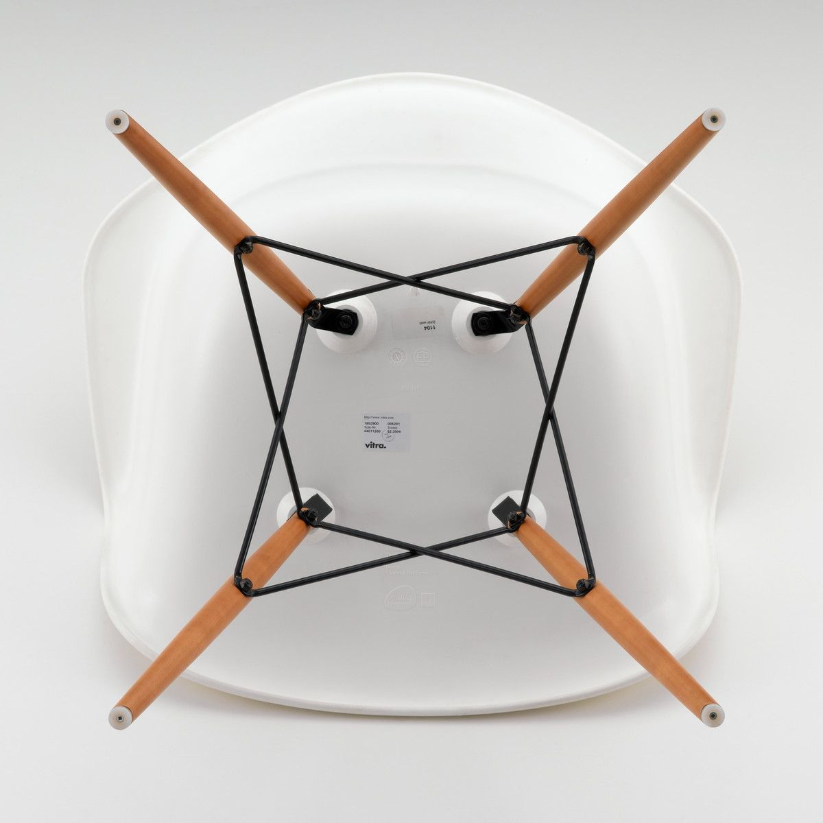 Vitra   Eames Plastic Armchair DAW (H 41cm)