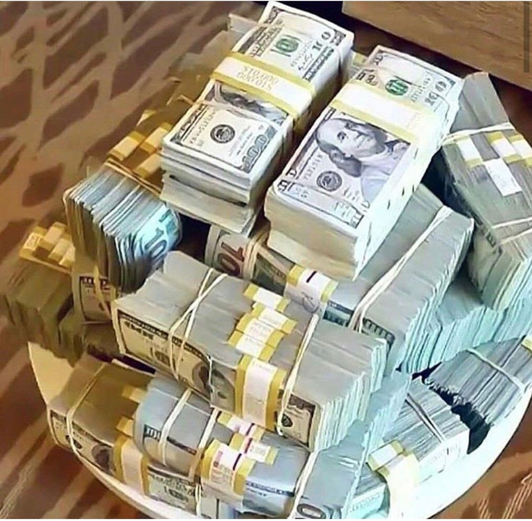 Overnight Millionaire Mind Hacks Secretly Used By The Rich Famous Dollar Money Money Stacks Money Cash