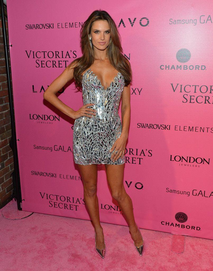 Alessandra Ambrosio Cocktail Dress Victoria Secret Fashion Show Fashion Victoria Secret Fashion [ 1024 x 805 Pixel ]