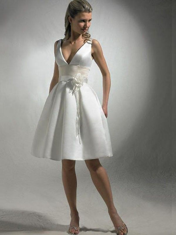A Short Wedding Dresses Are Ealing And Impressive