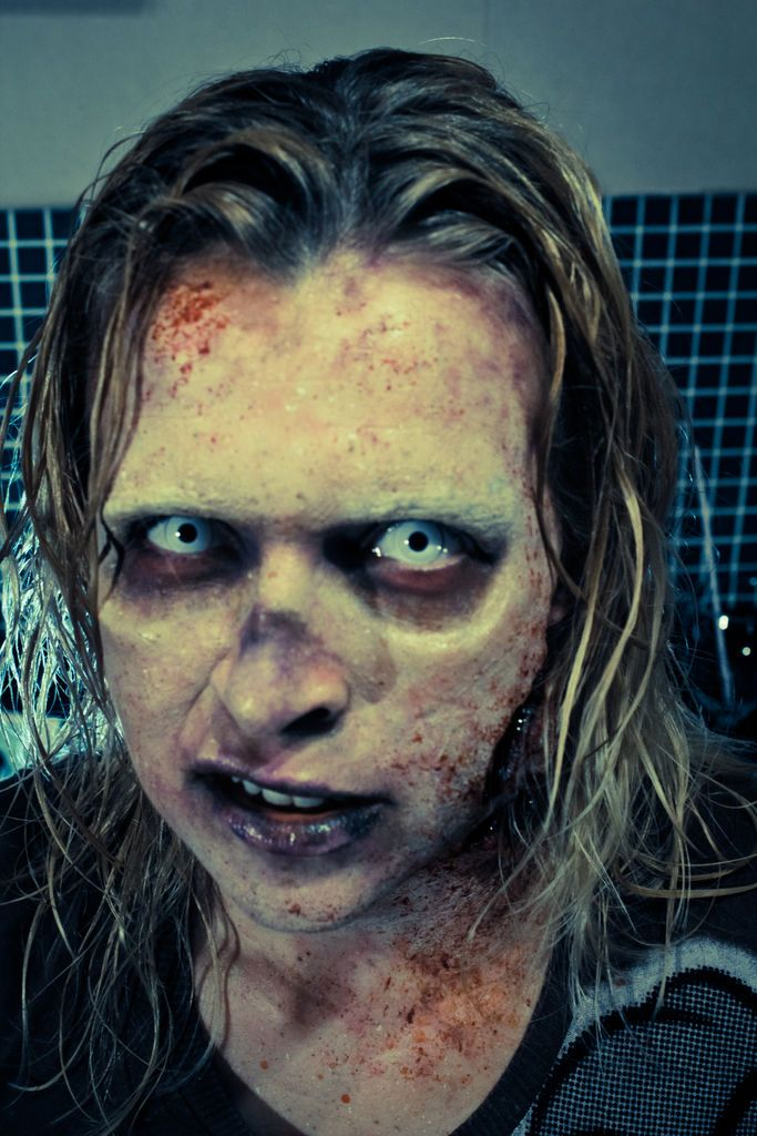 Walking Dead Style Zombie Make-up Tutorial How To Walking dead - zombie halloween ideas