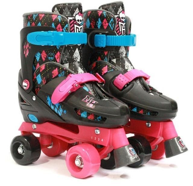 f5b1b43b0a Monster High Quad Roller Skates Adjustable Sizes Fits US Girls Fits Sizes 1  to 4  StreetFlyer