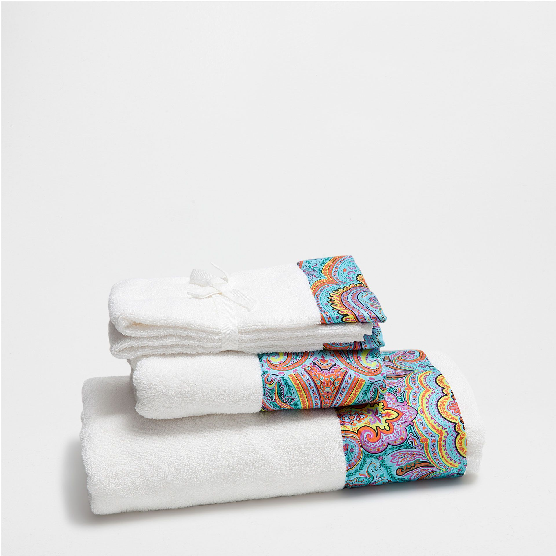 Add A Touch Of Colour For Your Bathroom With Indigo Blue Pink Floral Or Striped Hand Bath Towels From The Zara Home Catalogue