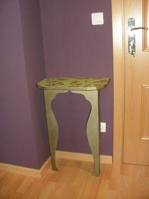Mesa peque a de dos patas para entrada mesas consolas for Patas para mesas ikea
