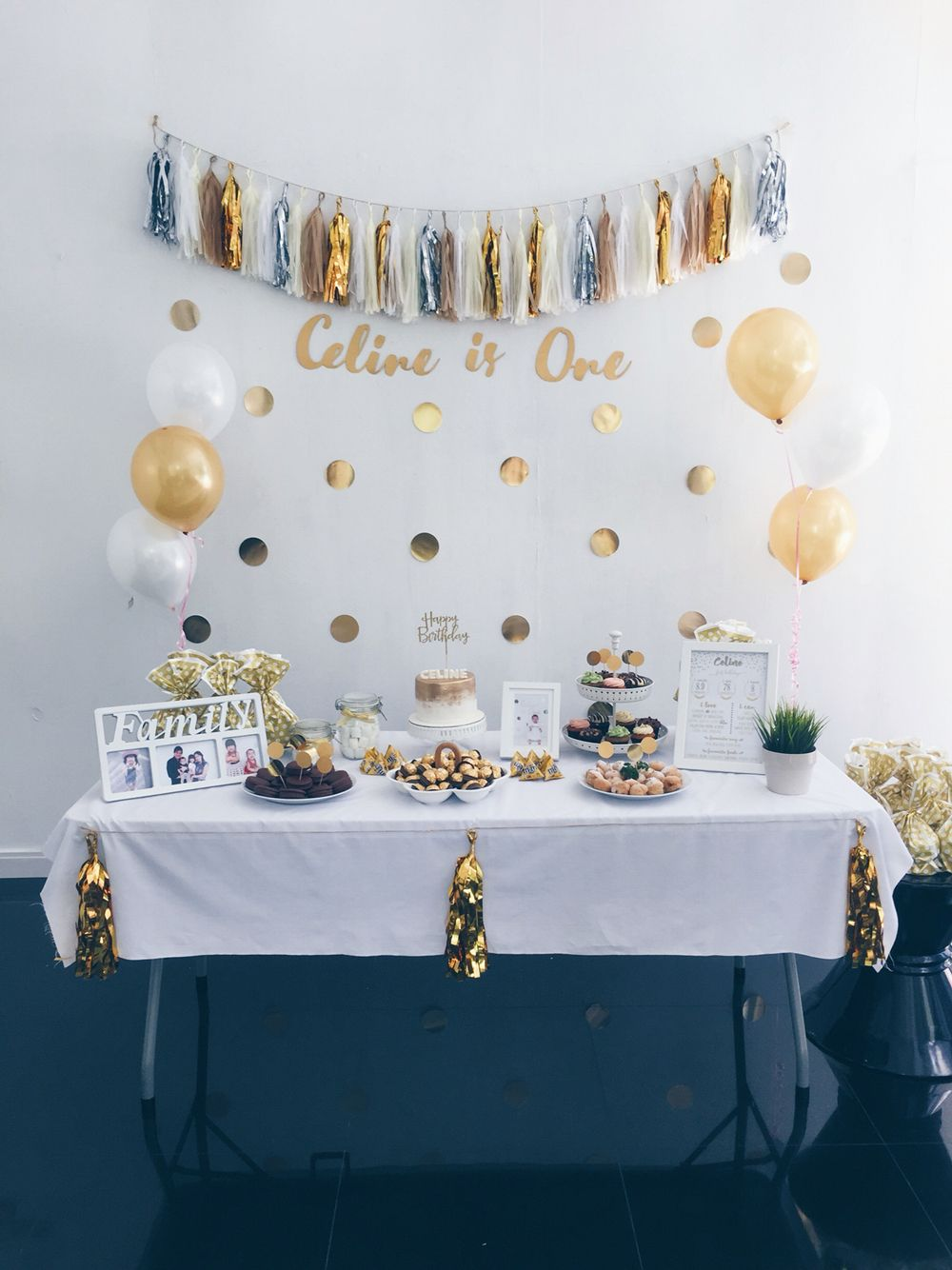 Diy For My Second Girl S First Birthday Party White Gold Theme