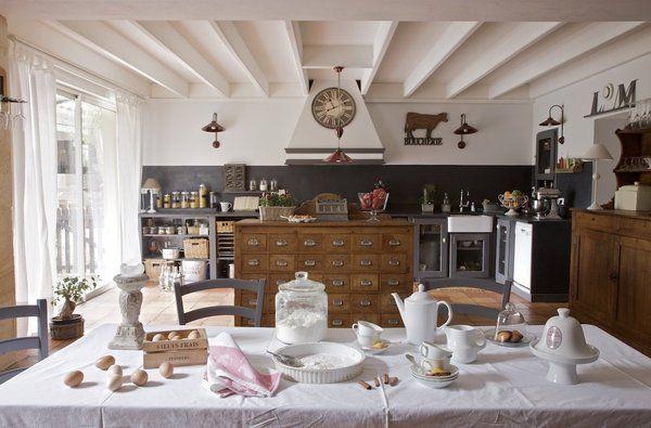 Une cuisine au style rustique et romantique tr s - Cuisine style romantique ...