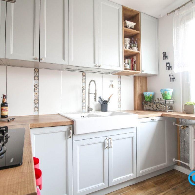 Meble Kuchenne Na Zamowienie Z Witrynami Kitchen Decor Kitchen Cabinets