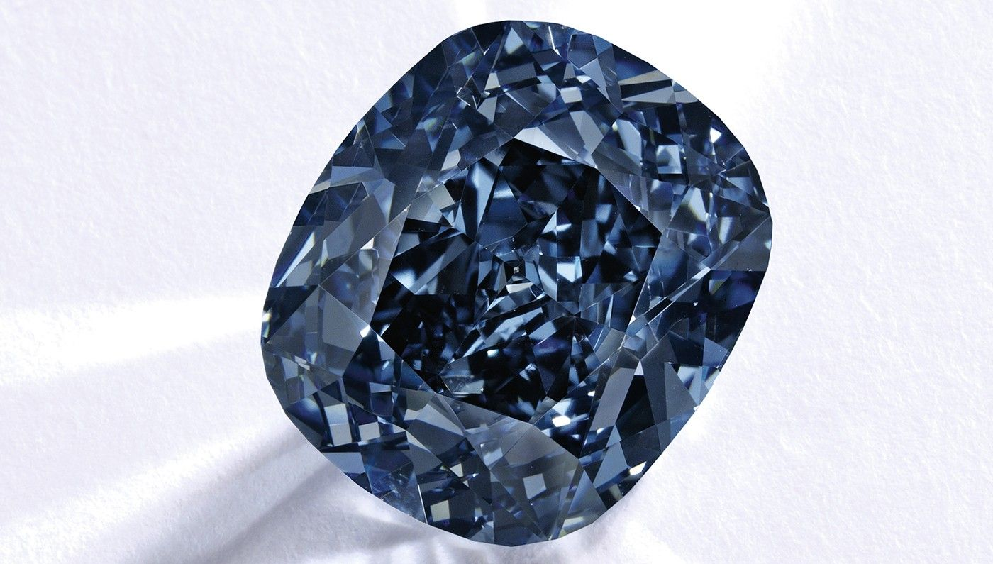 The Blue Moon Of Josephine Diamond The 12 03 Carat Fancy Vivid Blue Diamond Was Sold To Collector Joseph Lau Blue Diamond Expensive Diamond Colored Diamonds