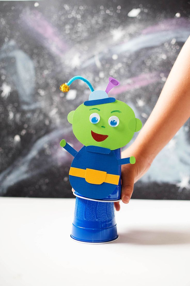 Bastelbedarf Kinder Jumping Alien And Galaxy Art Boys Room Pinterest