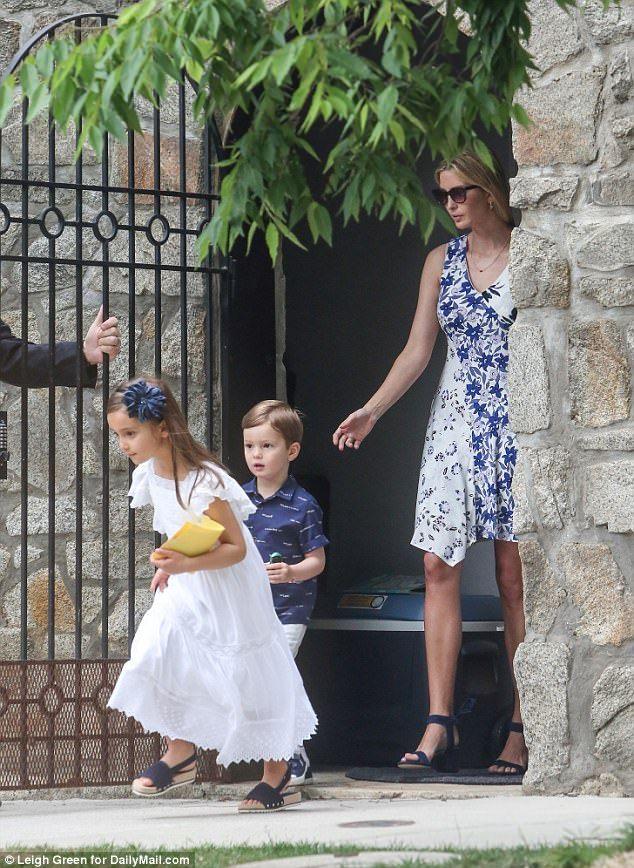 Jared Kushner And Arabella Give Donuts To Secret Service Trump Fashion Ivanka Trump Entrepreneur Fashion