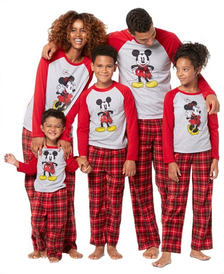 Mickey and Minnie Mouse Christmas Holiday Family Sleepwear Pajamas (Adult  Kid Toddler) d0583eb95