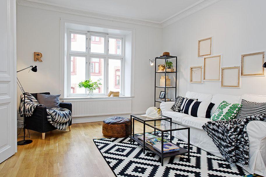 black and white livingroom