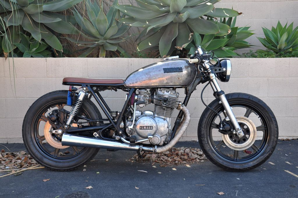 1979 yamaha xs400 motos pinterest cafes bobbers and scrambler. Black Bedroom Furniture Sets. Home Design Ideas