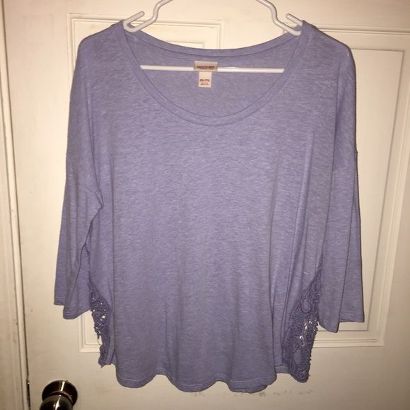 mossimo supply co flowy lace top xxl Lilac flowy top Mossimo Supply Co Tops Tees - Long Sleeve