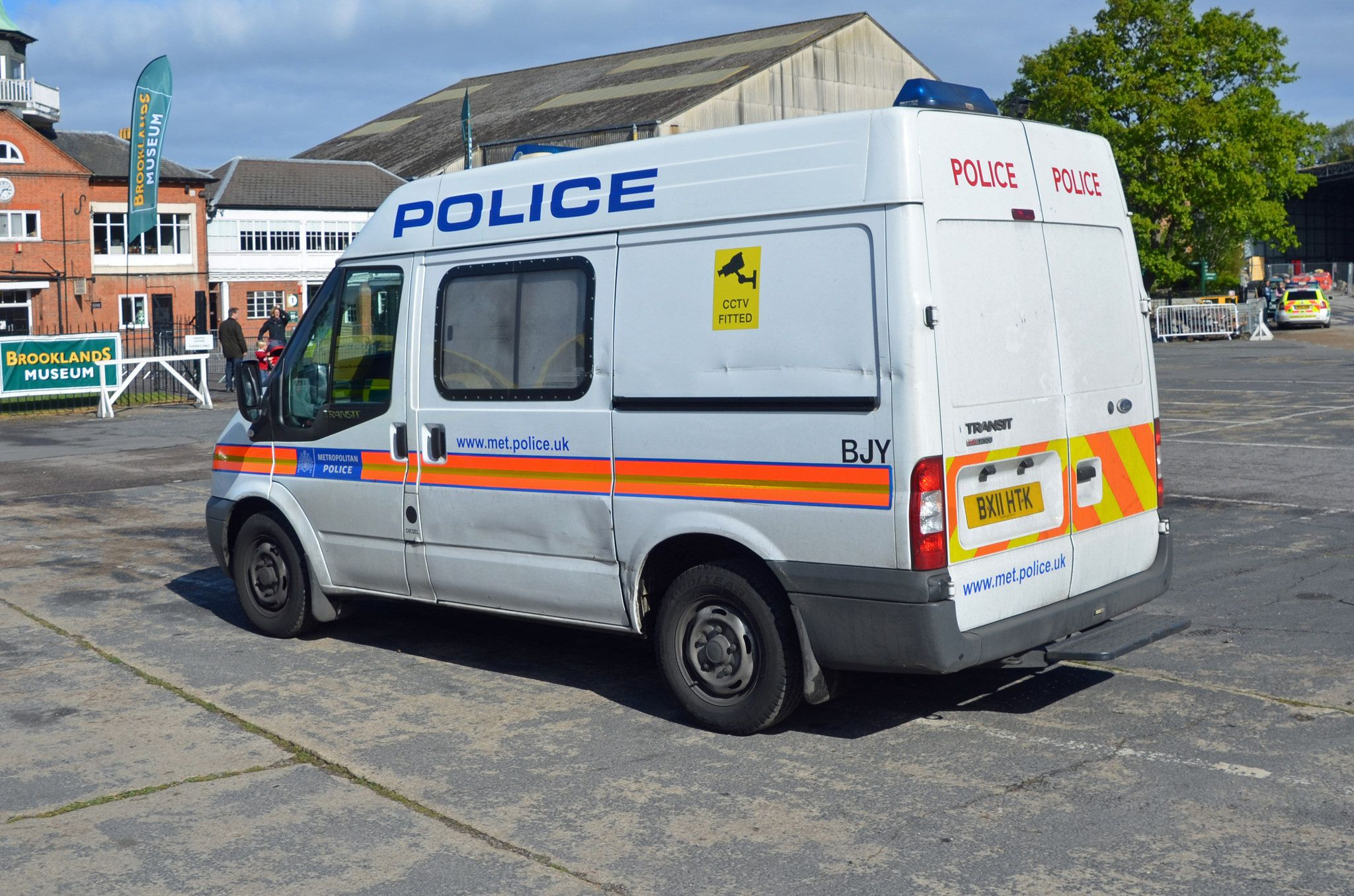 Bx11 Htk Ford Transit Emergency Vehicles Police