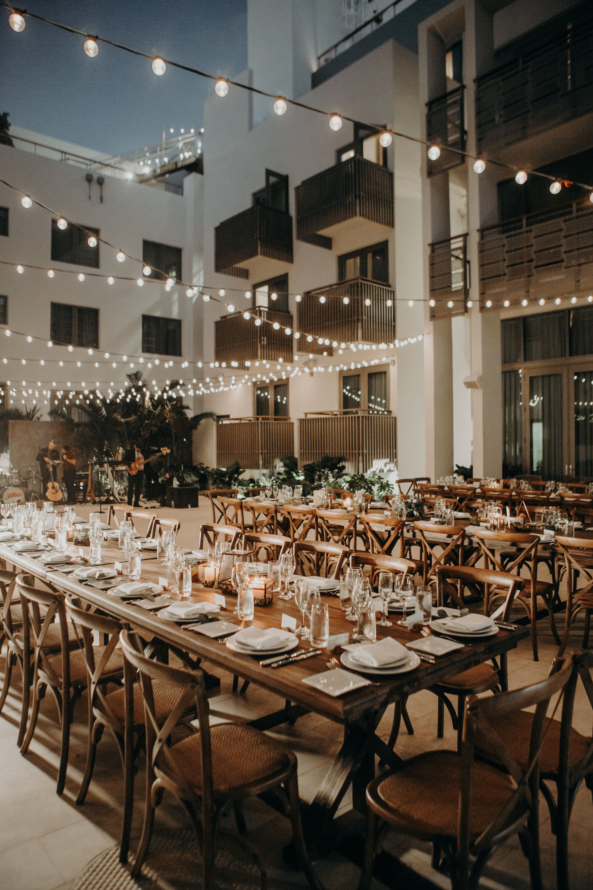 Beautiful Wedding Reception Dining Under The Stars At The Betsy