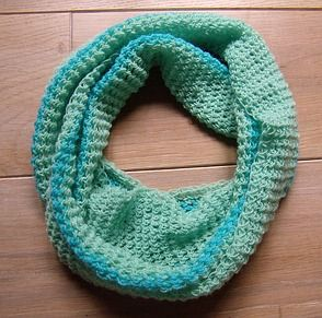 Photo of Crochet a loop scarf in record time – even for inexperienced users