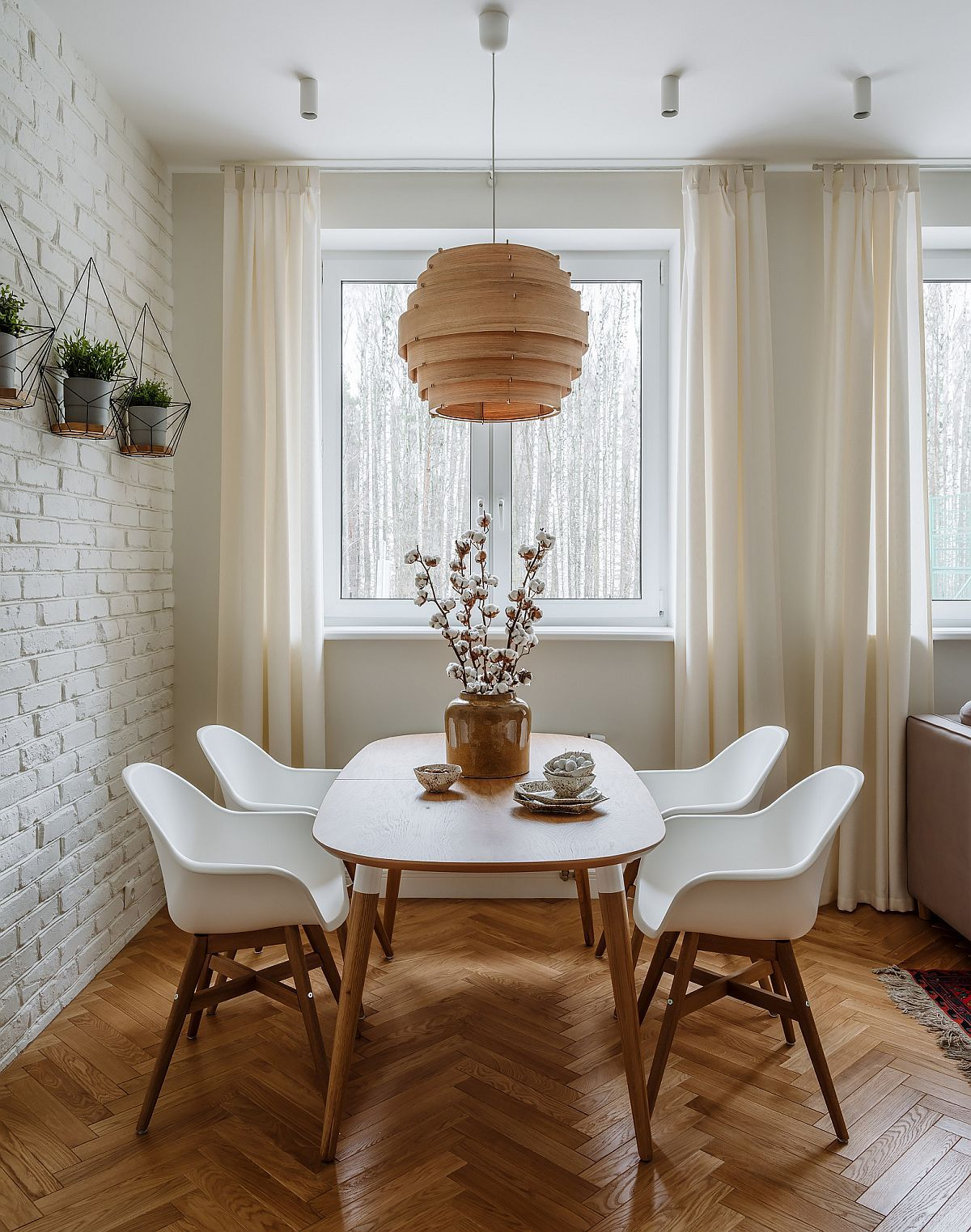 Textured Modernity 20 Dining Rooms With White Brick Walls Brick Wall Decor Brick Interior Wall Farmhouse Style Dining Room