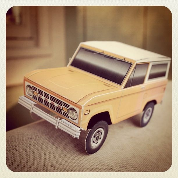 Classic Ford Bronco Foldable Paper Model By Papercruiser