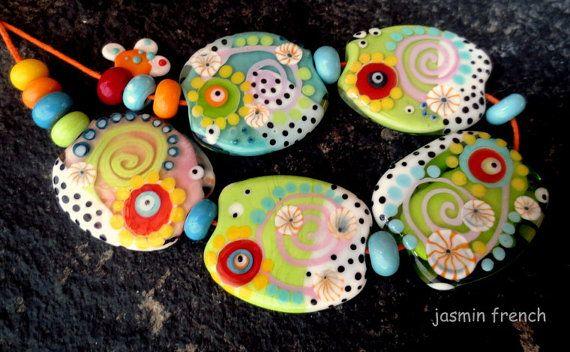 jasmin french snails on a trip lampwork von jasminfrench