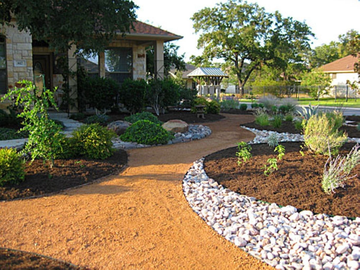 Beautiful Pebbles Ideas For Landscaping In Backyard