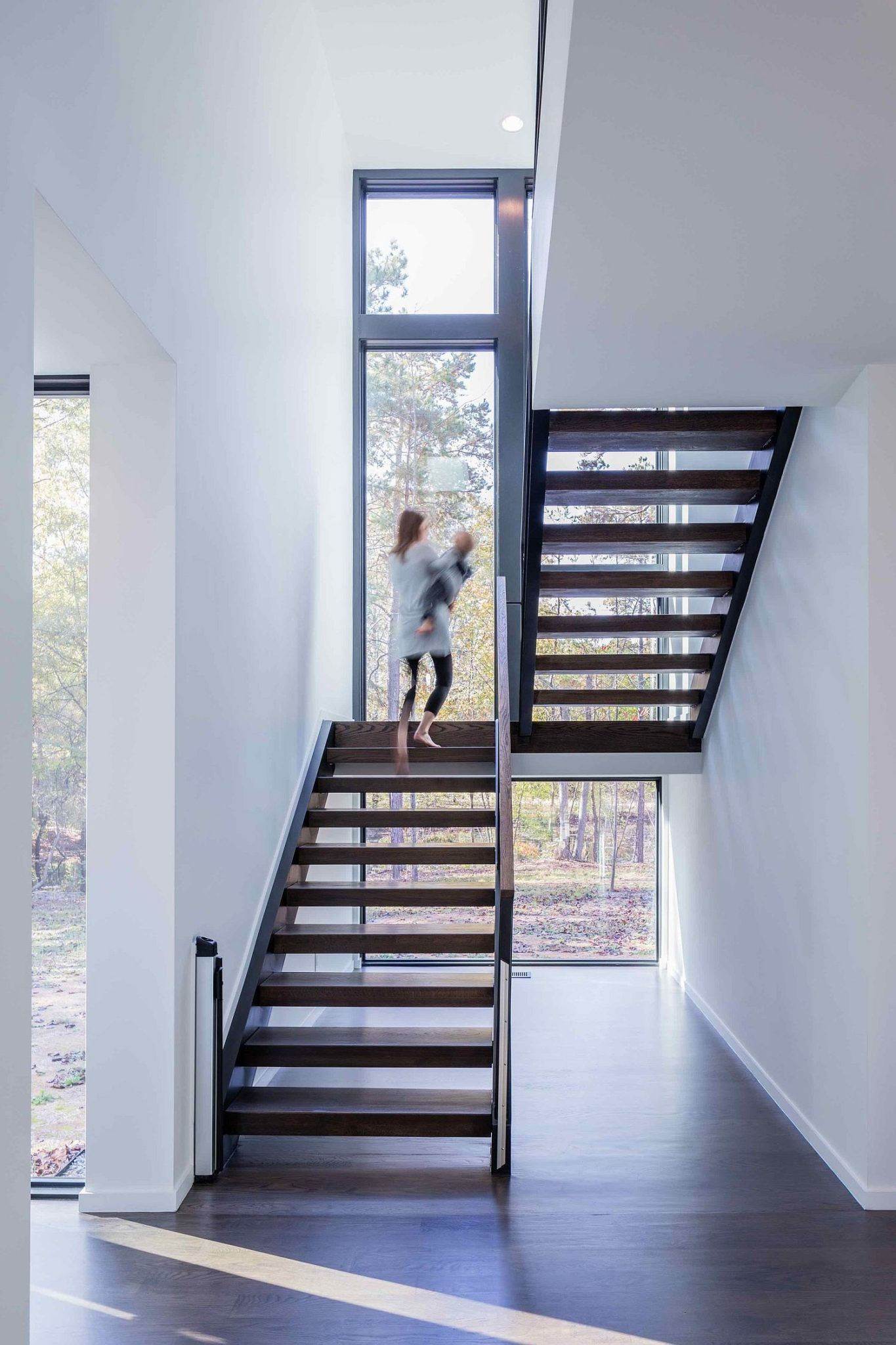 Stairwell Brings Natural Light Into The Contemporary Home