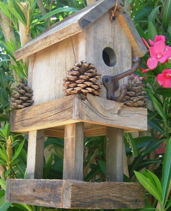 Nice Futterhaus Für Vogel Aus Holz Design Ideas