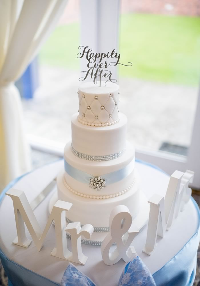 The Baby Blue And Silver Wedding Wedding Ideas Magazine Baby Blue Wedding Theme Wedding Cake Dusty Blue Blue Themed Wedding