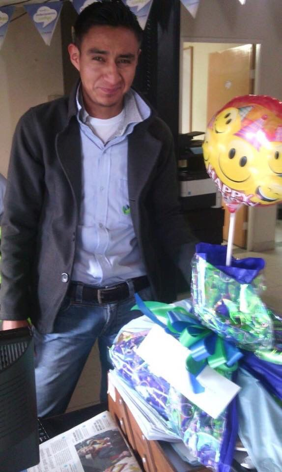 Más clientes felices con UN DULCE DESPERTAR  Feliz Cumpleaños!!!
