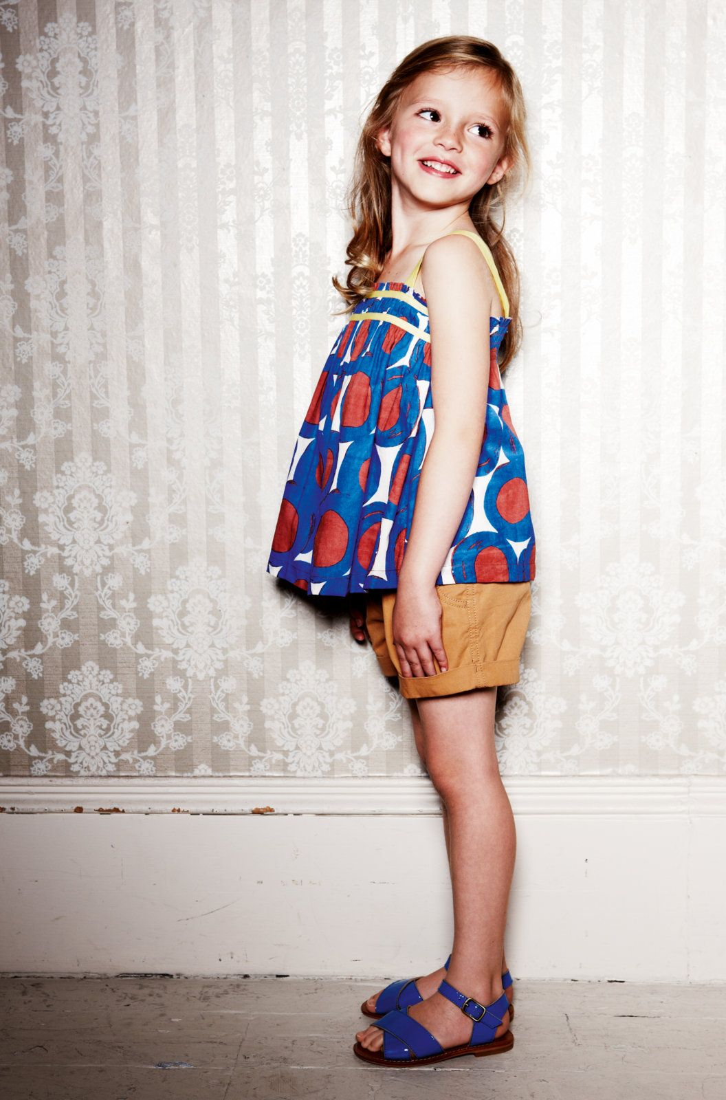 Love the fabric colours in this outfit mini boden ss13 for Mini boden rabatt