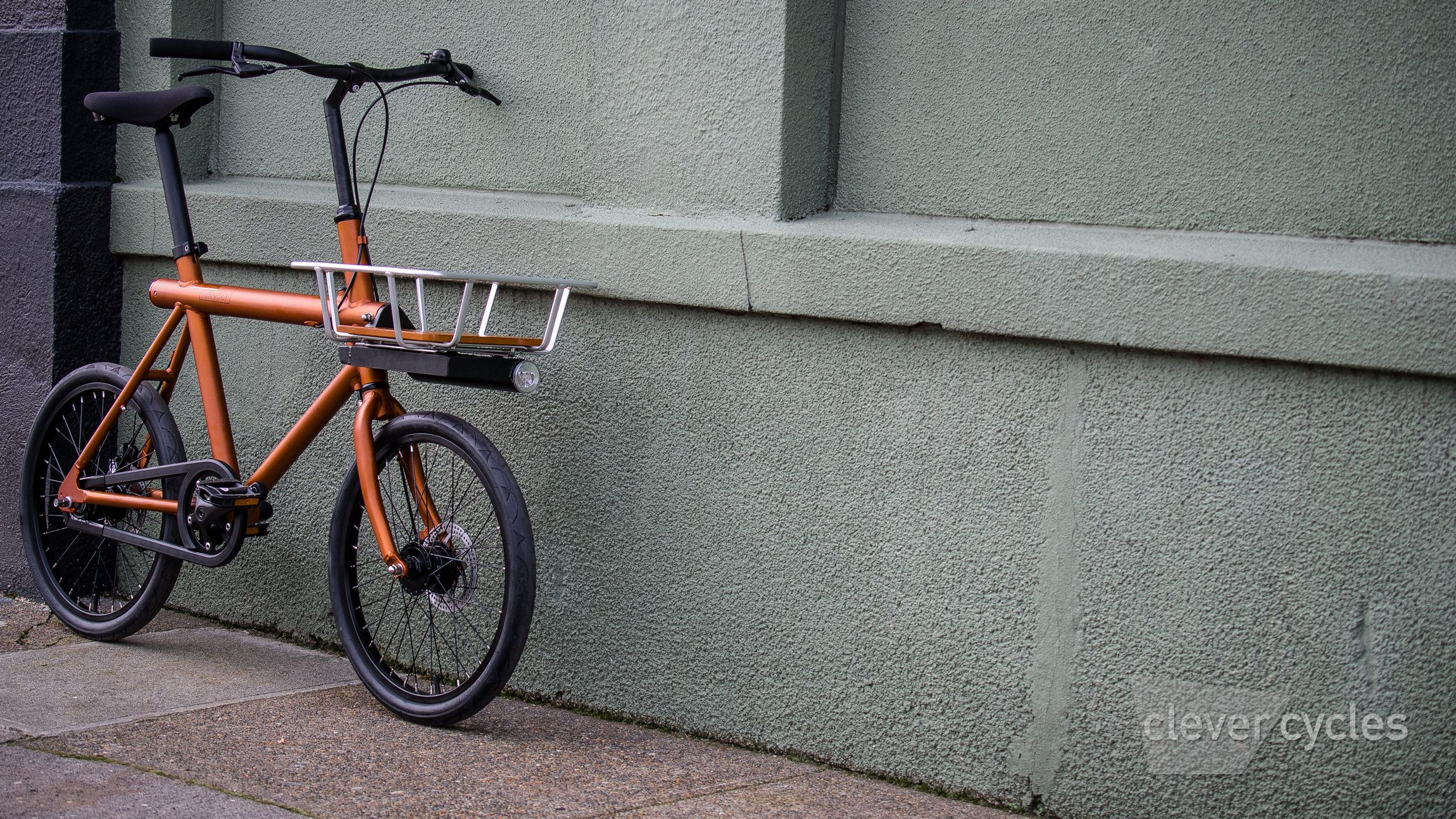 Vanmoof T series city bike | City bikes | Commuter bike, Bike