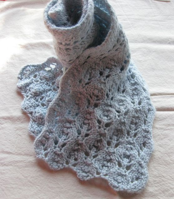 Free Pattern: Winter Leaves Lace Scarf by Laura Wick ...