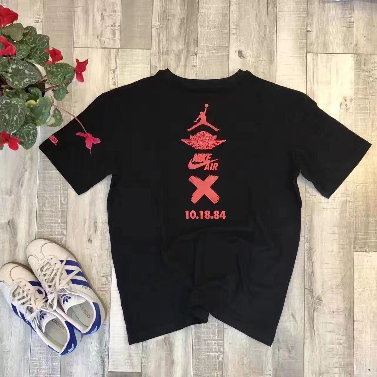 Nike air jordan 1 retro banned x 10 18 84 tee shirt 922067