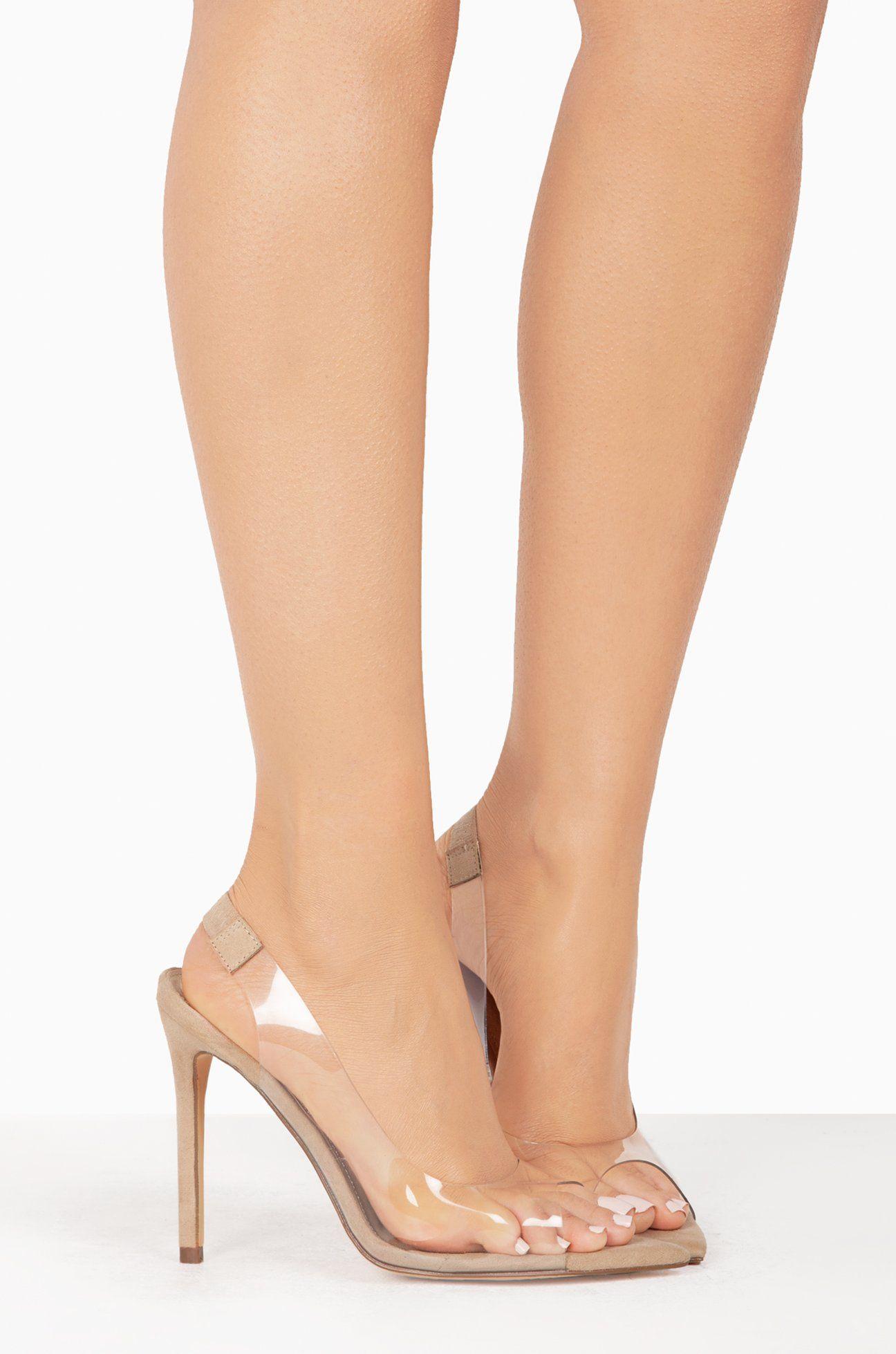 Rockstudded Valentinos. en 2020 | Zapatos mujer, Calzado