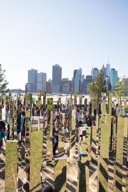Jeppe Hein – Mirror Labyrinth, Brooklyn Bridge Park, New York, 2015-2016