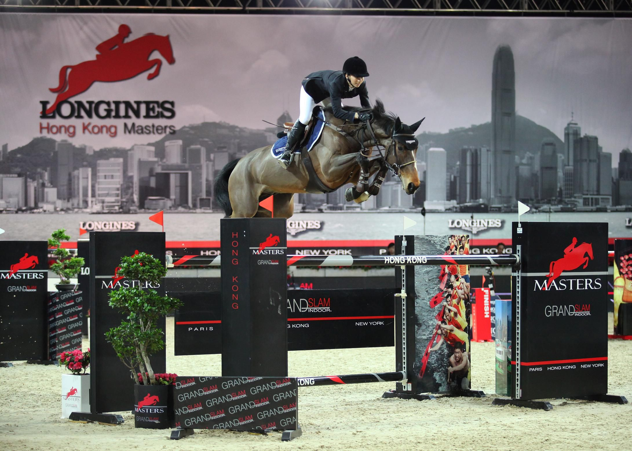 Jane richard philipsswiss rider rider show jumping