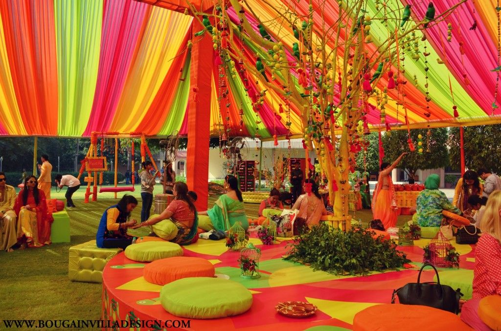 The colorful mithu miyaa mehendi dcor done by bougainvilla design the colorful mithu miyaa mehendi dcor done by bougainvilla design in jaipur blog junglespirit Image collections
