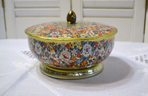 Vintage Tin Flowers Made in England Decorative by PanchosPorch