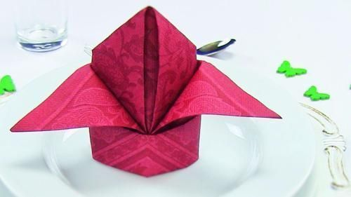 Paper Napkin Folding Ideas #diynapkinfolding Party ideas Napkin folding Bishop's...,  #Bishop... #papernapkins