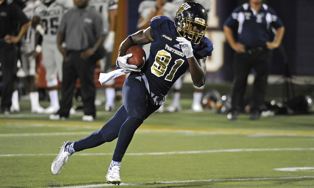 Fiu Panthers One Win Away From Bowl Eligibility It S So Close They